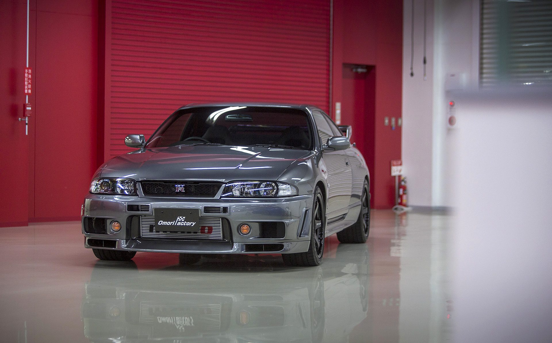 Here's Every Generation of the Infamous Nissan GT-R ...