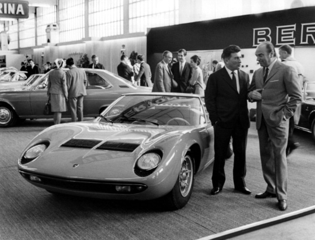 The Complete History Of The Lamborghini Miura Garage Dreams