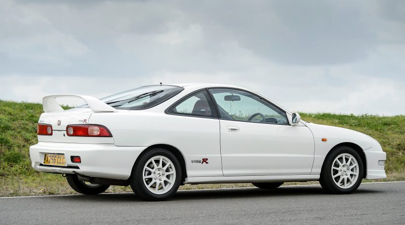 buyers guide for the honda integra type r dc2 garage dreams. Black Bedroom Furniture Sets. Home Design Ideas