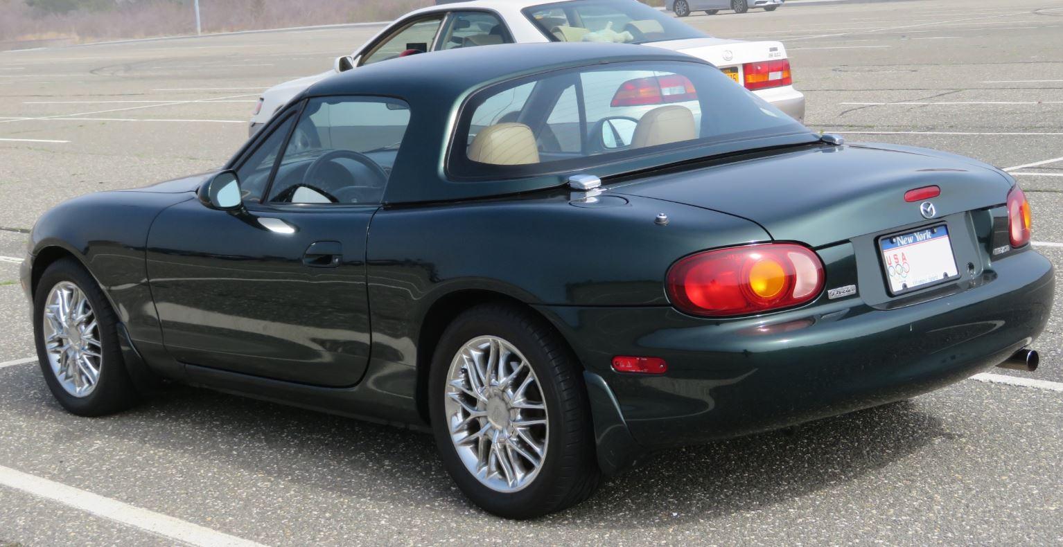 Mazda MX-5 Miata Buying Guide - Every Generation - Garage Dreams