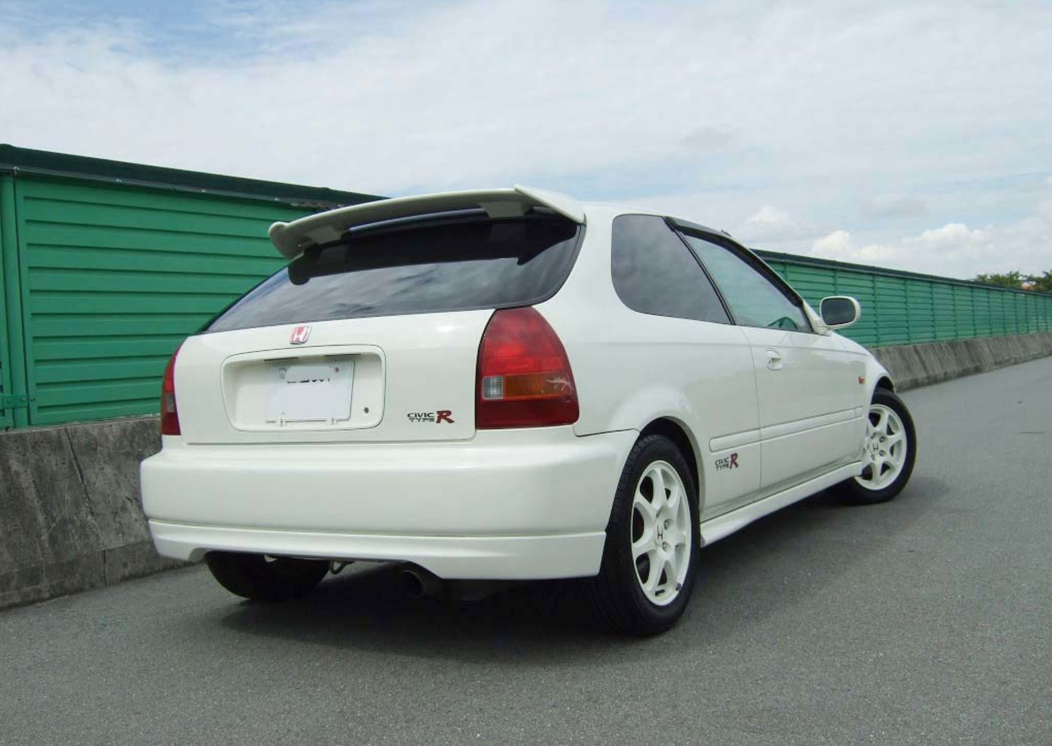 Honda Civic Type R Ek9 Buyer S Guide History Garage Dreams