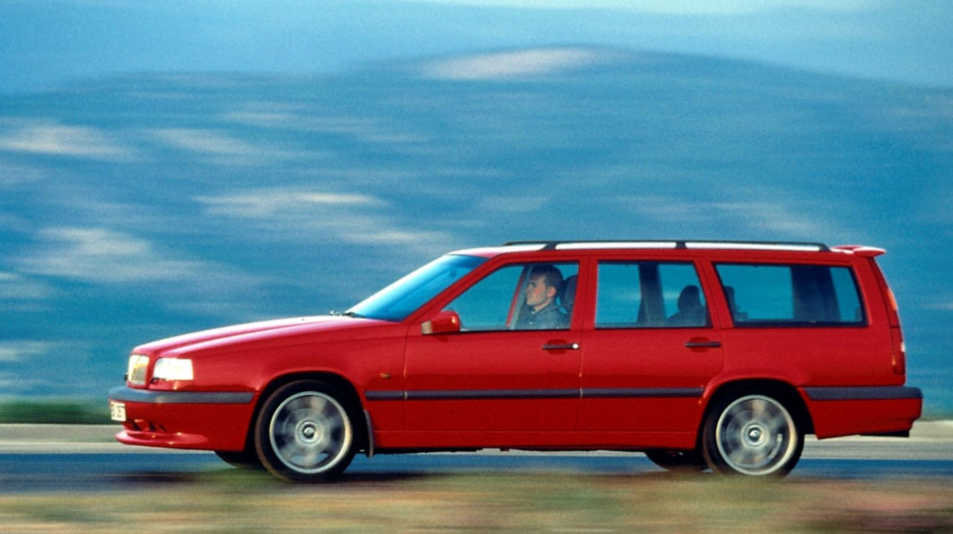 Volvo 850 T 5 T 5r And 850r Buyer S Guide 2020 Garage Dreams