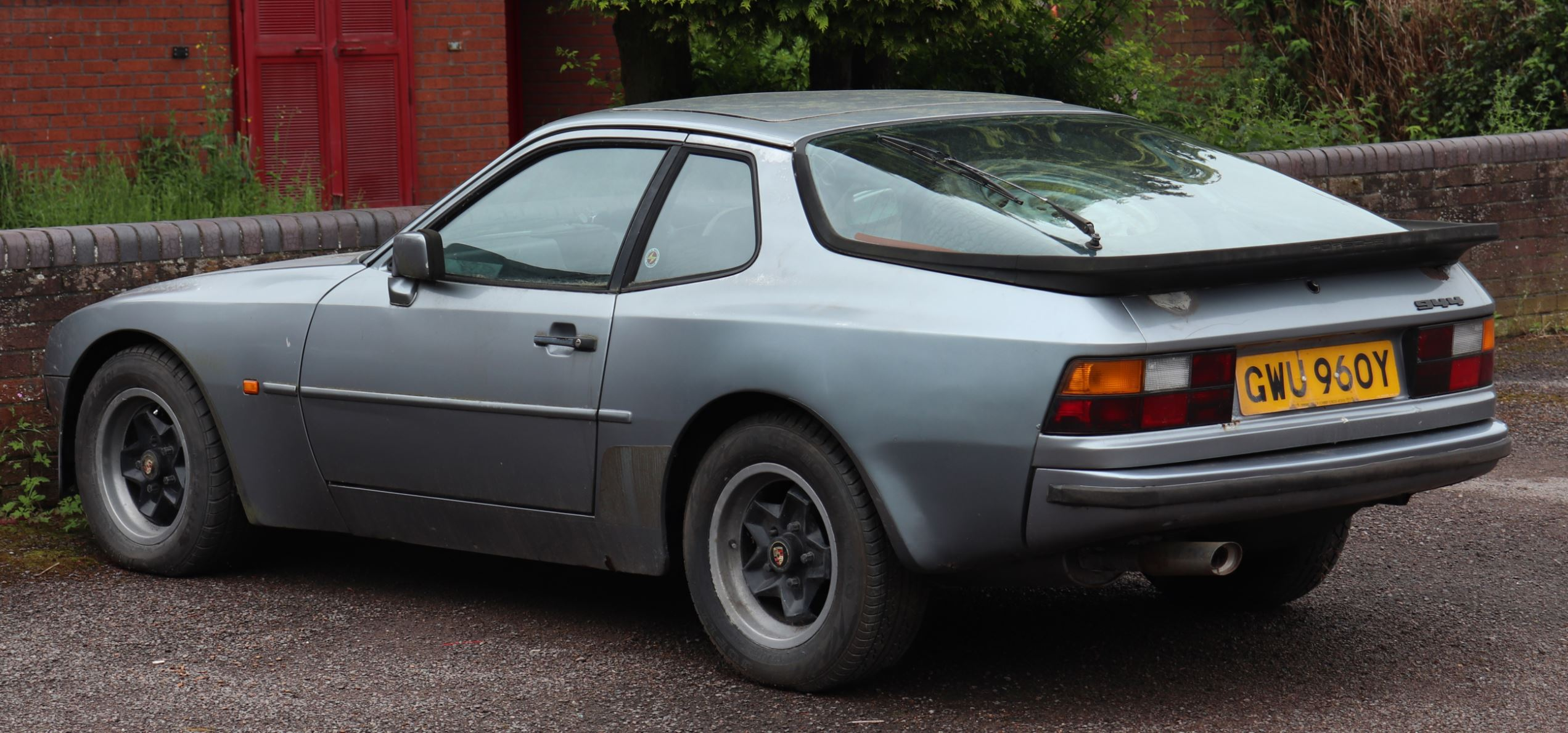 Porsche 944 Buyer S Guide And History 2020 Garage Dreams